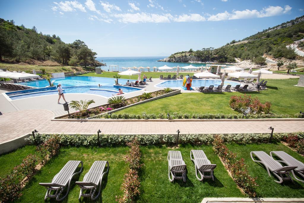 Відпочинок в готелі Thassos Grand Resort
