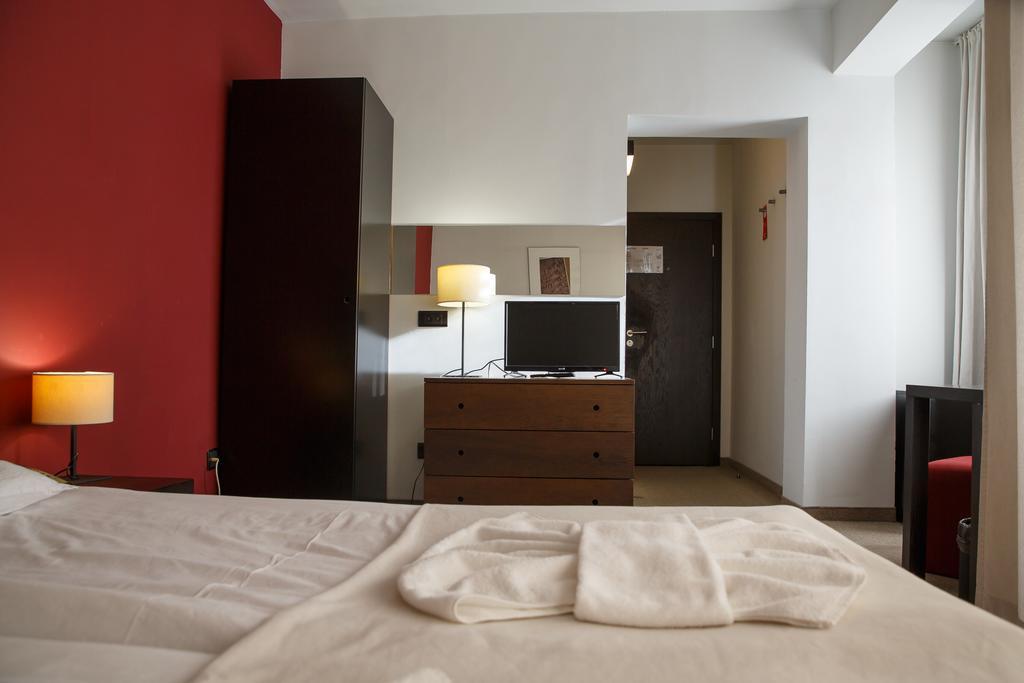 Горящие туры в отель Riverside (ex. Villa Roka)