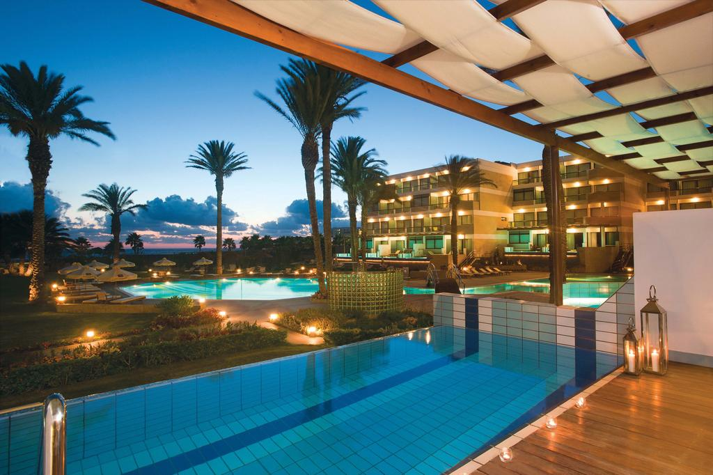 Отзывы туристов Constantinou Bros Asimina Suites Hotel (ex. Constantinou Bros Pioneer Beach Hotel)