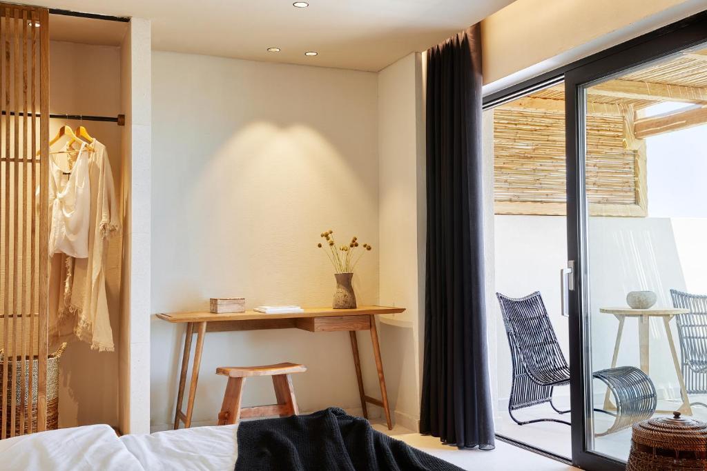 Відпочинок в готелі The Syntopia Hotel Ретімно