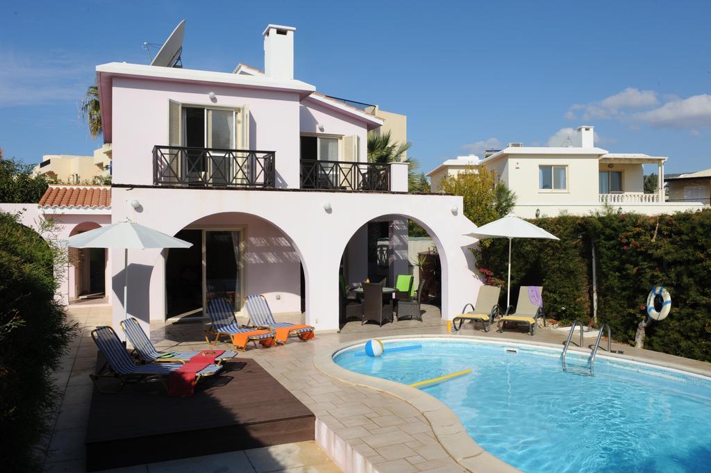 Горящие туры в отель Panareti Coral Bay Hotel Пафос