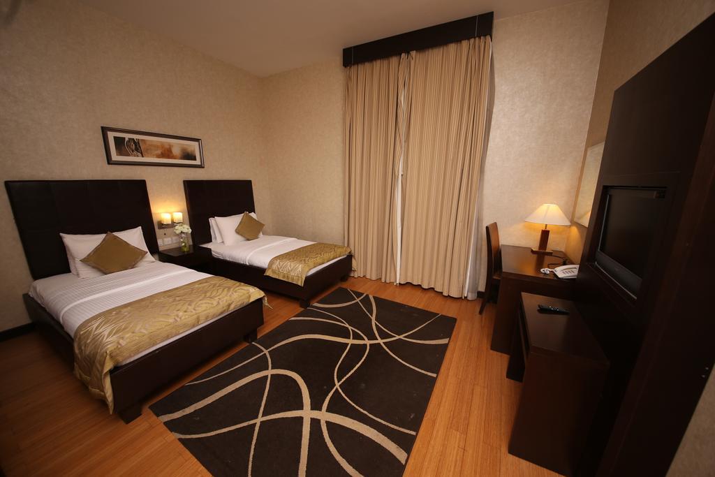 Tulip Creek Hotel Apartments, Дубай (город), фотографии туров