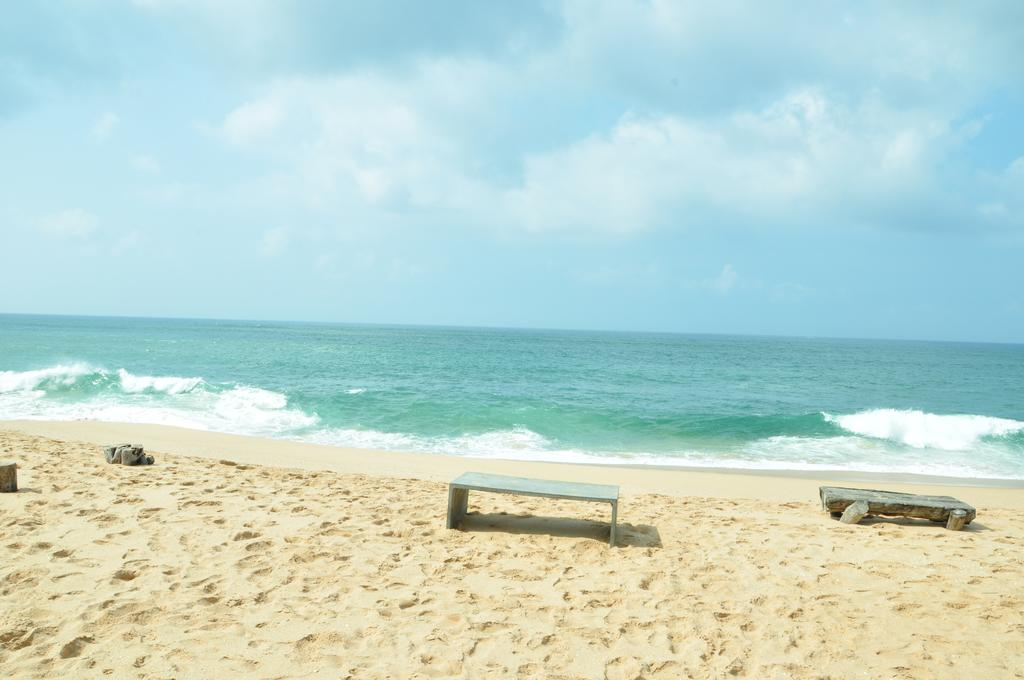 Отдых в отеле Lagoon Paradise Beach Resort Тангалле