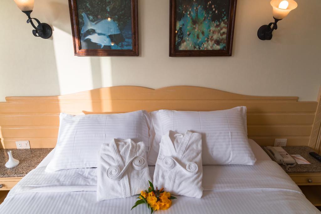 Відгуки гостей готелю Coral Beach Resort Tiran