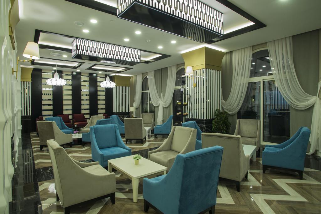 Фото готелю Palm World Side Resort & Spa