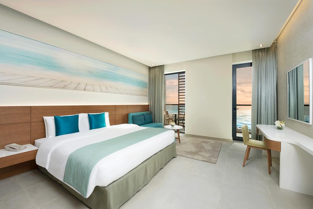 Тури в готель Wyndham Garden Ajman Corniche Аджман ОАЕ