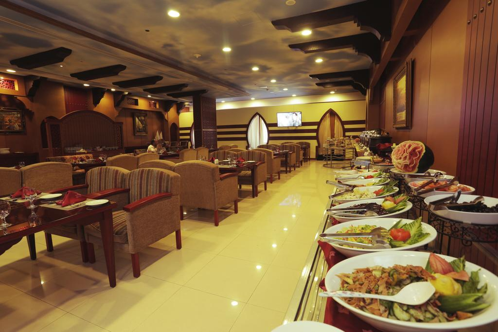 Cassels Al Barsha Hotel фото туристов