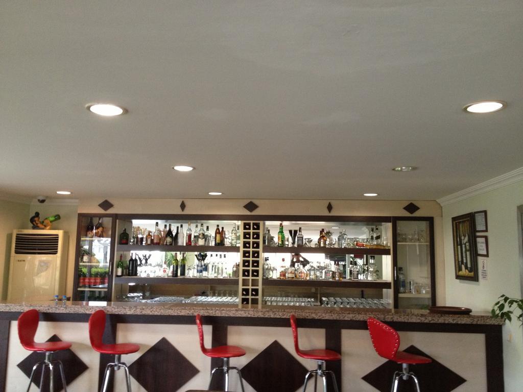 Гарячі тури в готель Lara Dinc Hotel Анталія