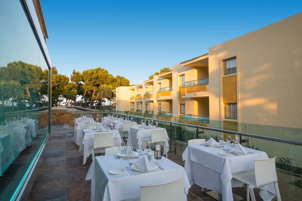 Гарячі тури в готель Iberostar Playa De Muro Village Майорка (острів) Іспанія