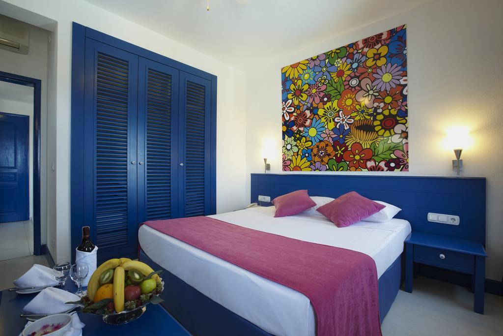 Bodrum Holiday Resort & Spa, фотографії