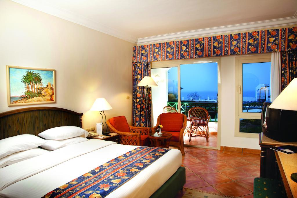 Шарм-эль-Шейх Coral Beach Rotana Resort Montazah