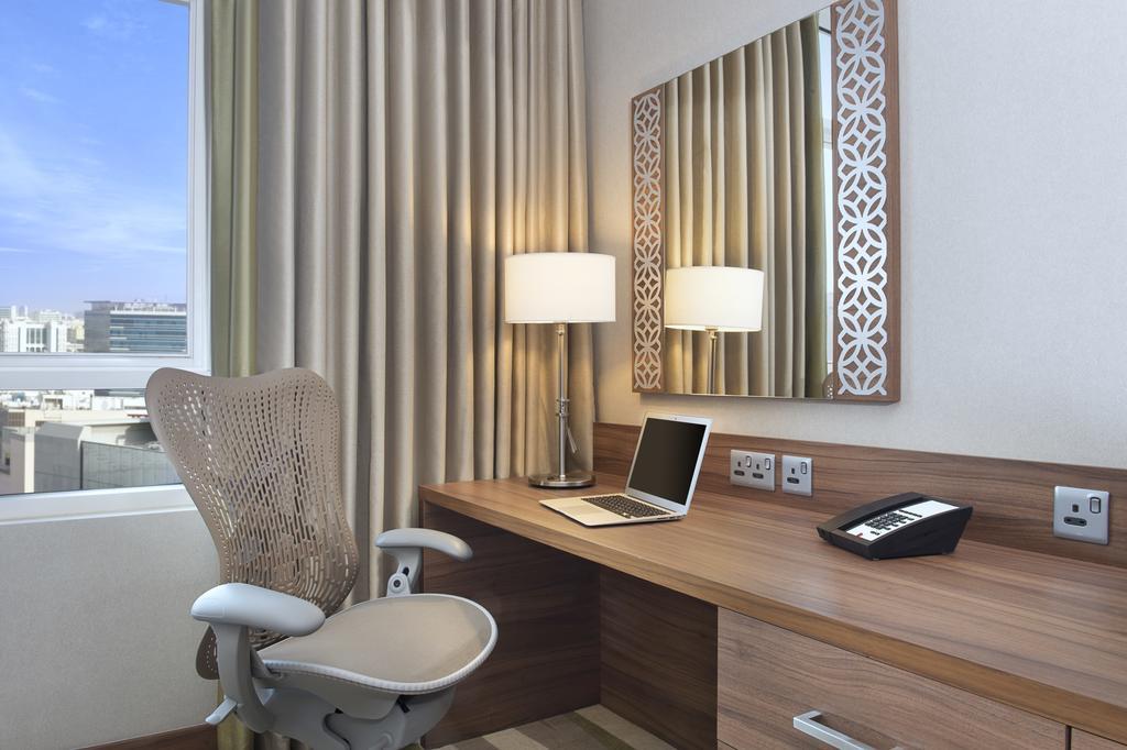Отзывы гостей отеля Hilton Garden Inn Dubai Al Muraqabat