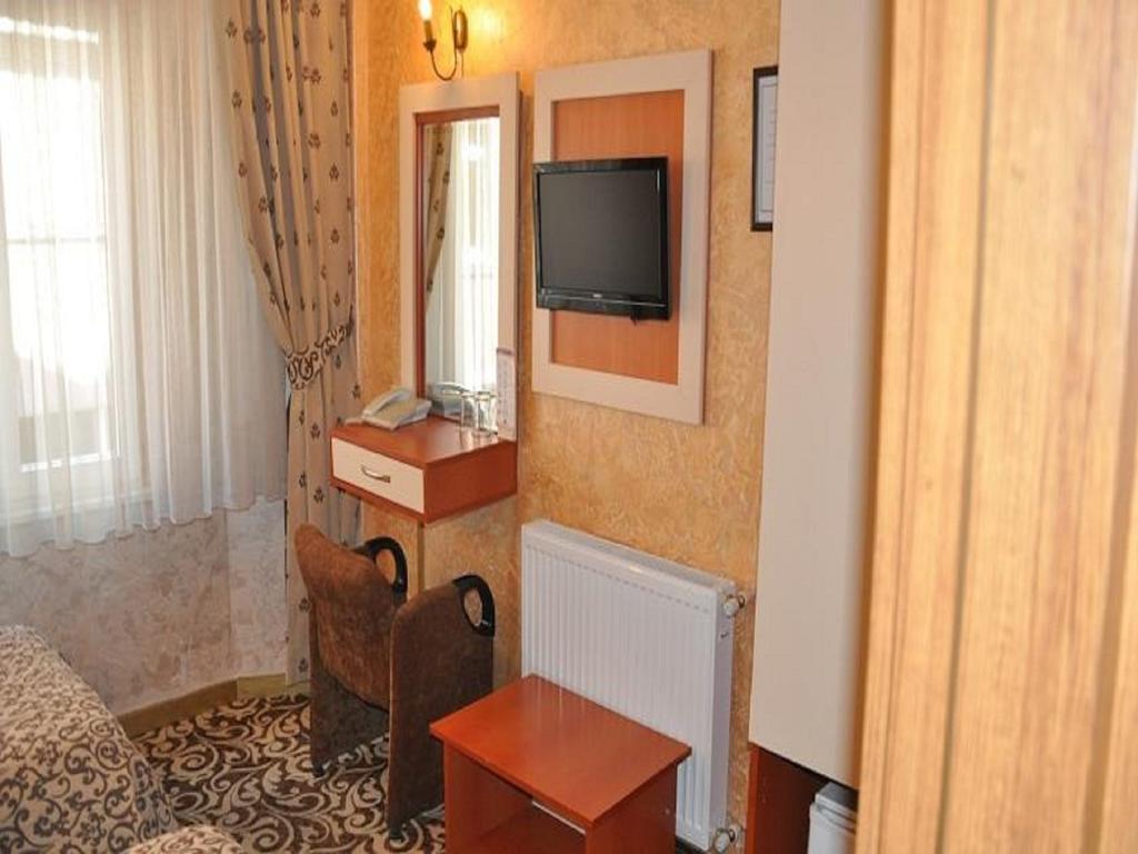 Отдых в отеле Kaya Madrid Hotel