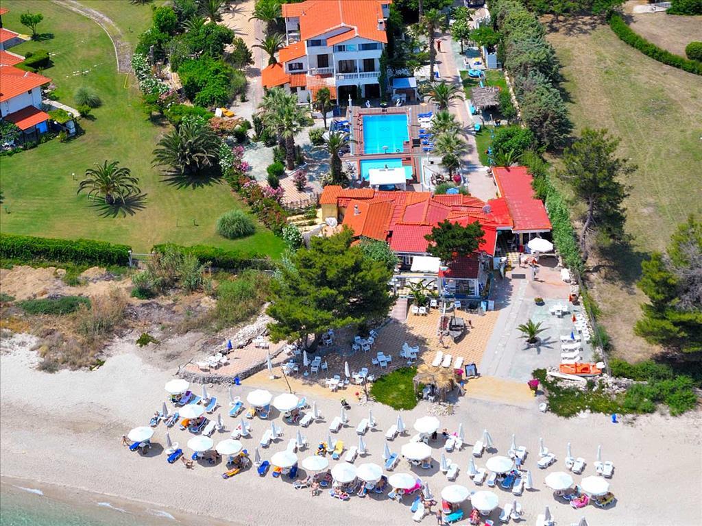 Villa George Hotel Apartments, Кассандра, Греція, фотографії турів