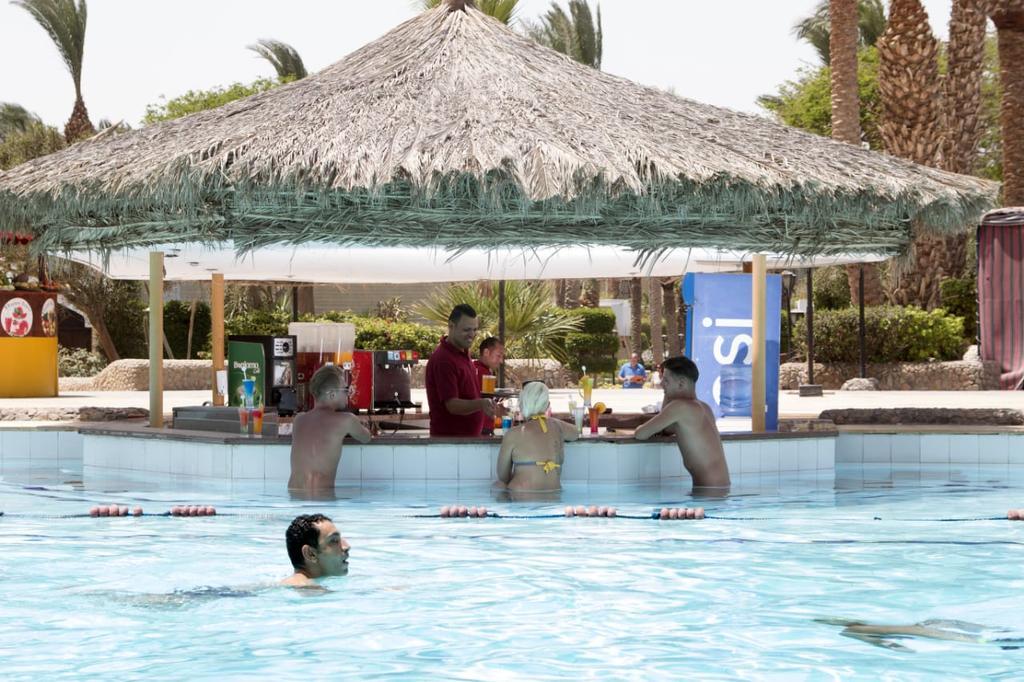 Отзывы об отеле Regina Aqua Park Beach Resorts