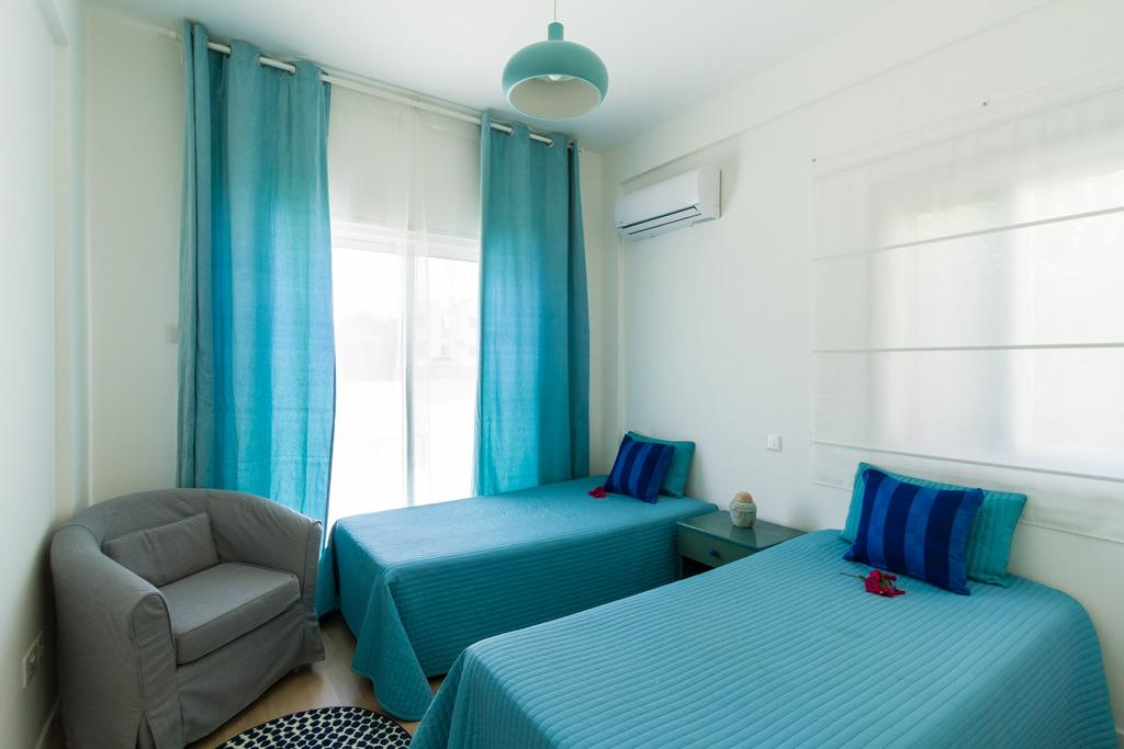 Туры в отель Larnaca Golden Beach Apts