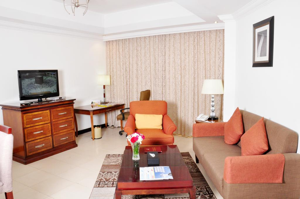 Ewan Hotel Apartments, Аджман
