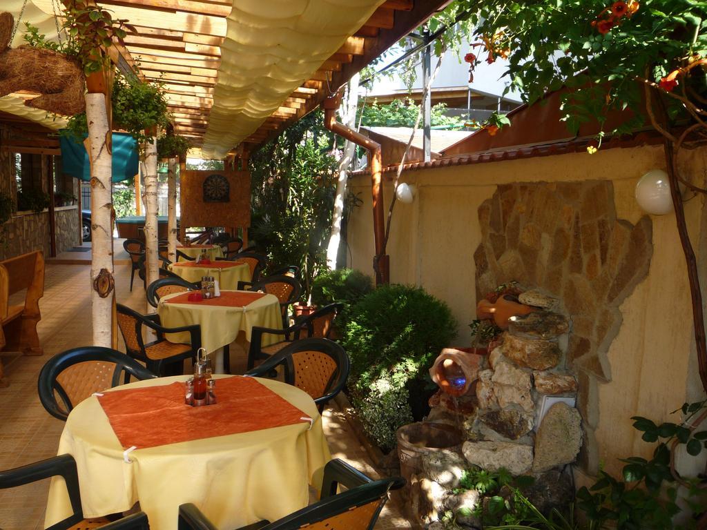 Гарячі тури в готель Breza Сонячний берег