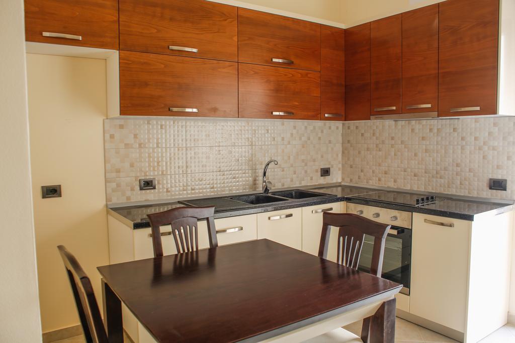 Готель, Aler Luxury Apartments Durres