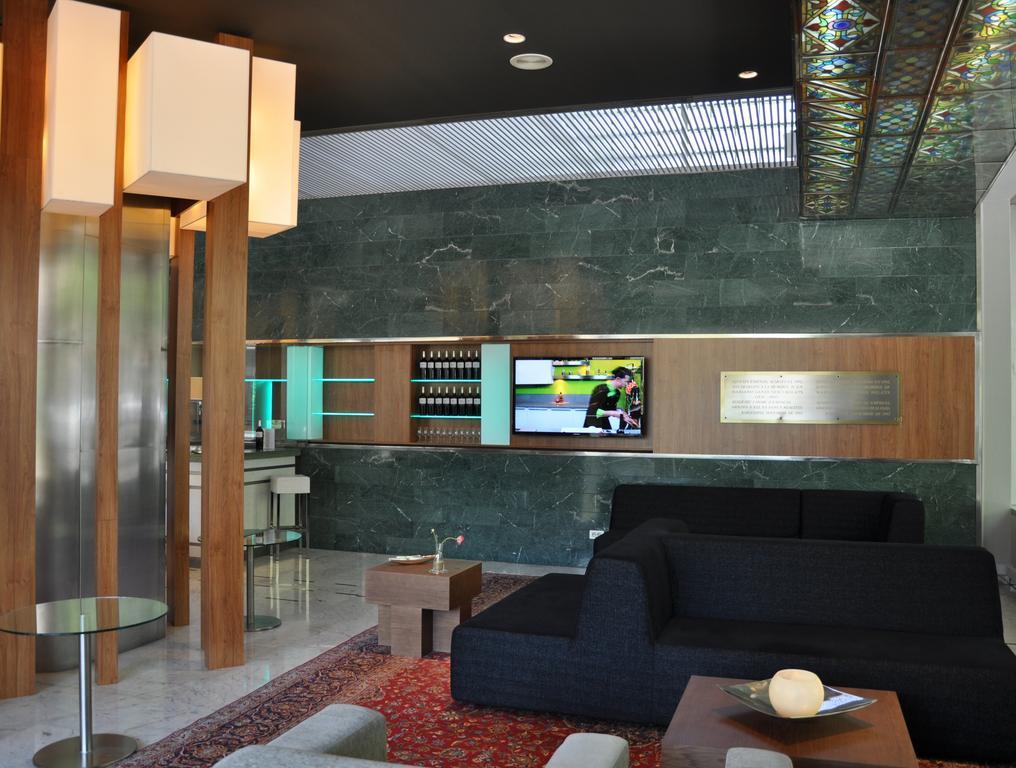 Aparthotel Atenea, Испания, Барселона, туры, фото и отзывы