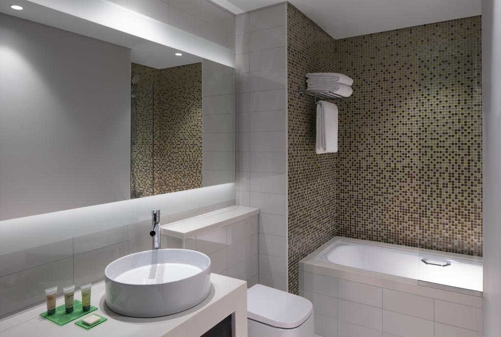 Дубай (город) Hyatt Place Dubai Jumeirah цены
