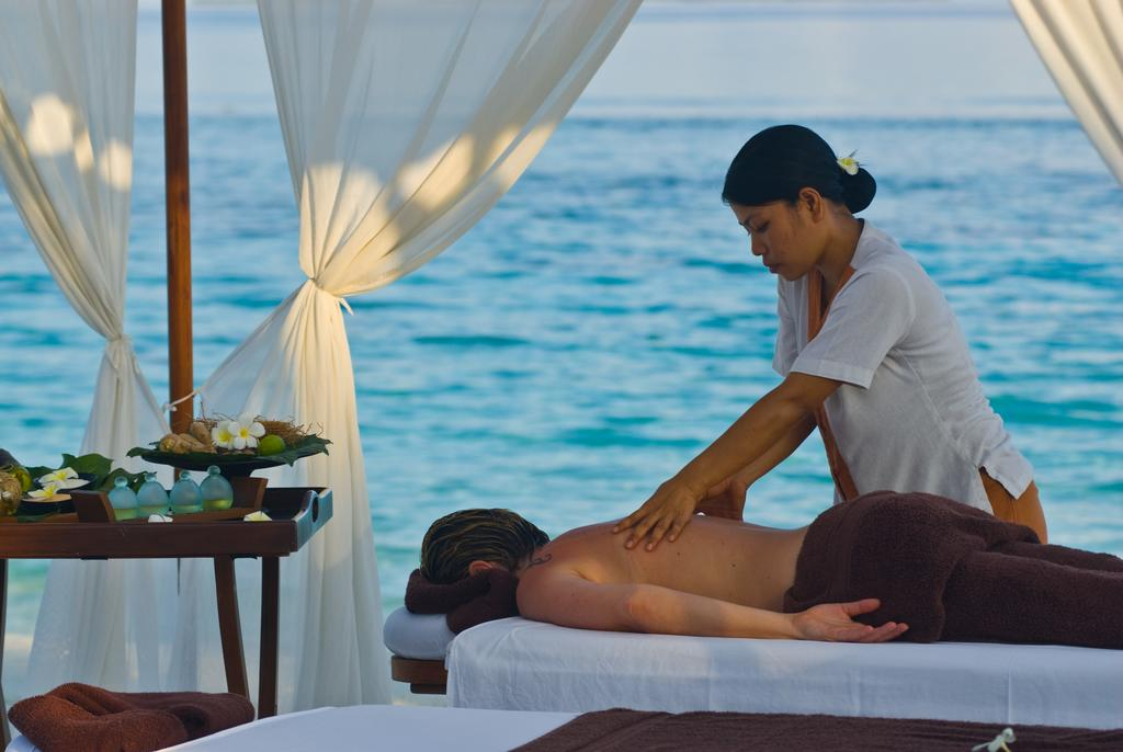 Отдых в отеле Coco Palm Dhuni Kolhu Resort & Spa Баа Атолл