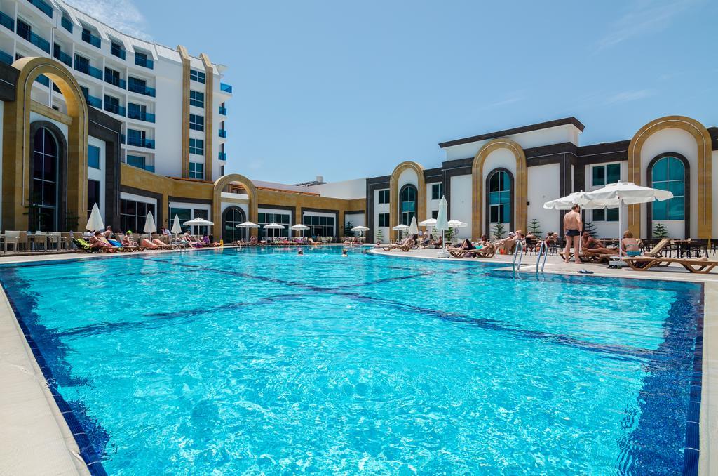 Тури в готель The Lumos Deluxe Resort & Spa Аланья