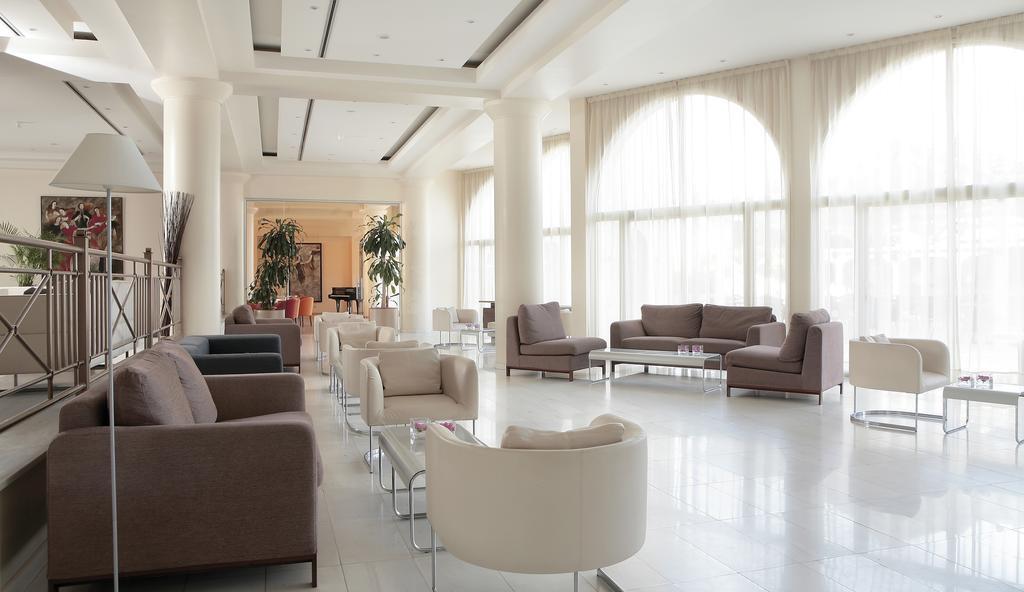Горящие туры в отель Golden Coast Beach Hotel Протарас Кипр