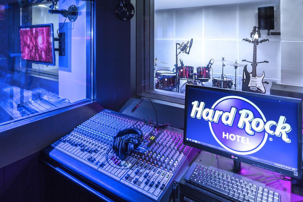 Отдых в отеле Hard Rock Кута