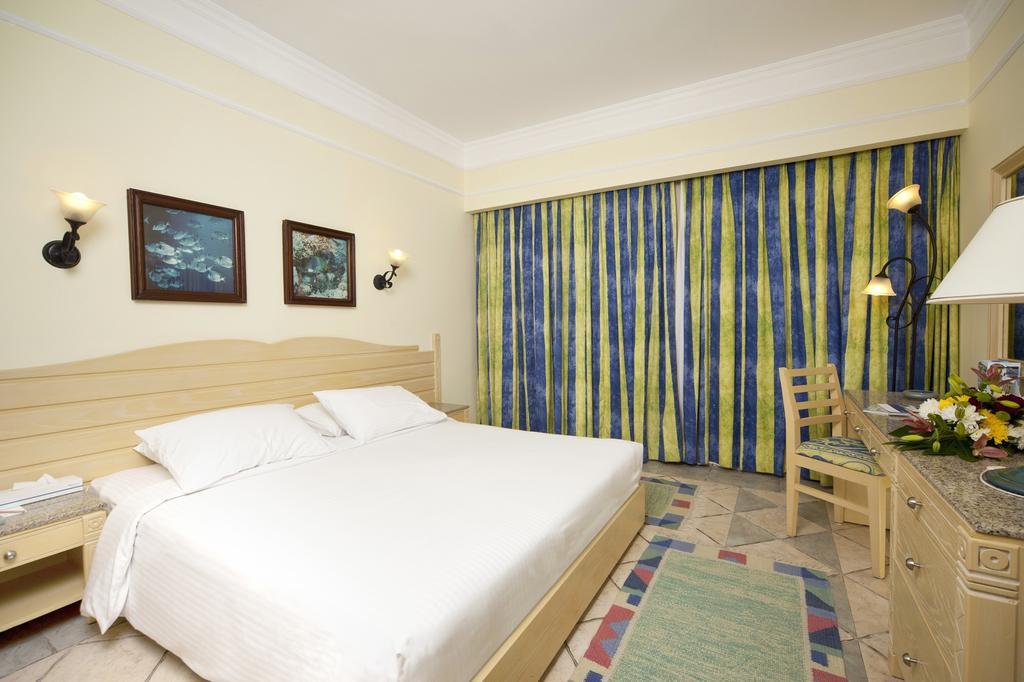 Coral Beach Resort Tiran, фото