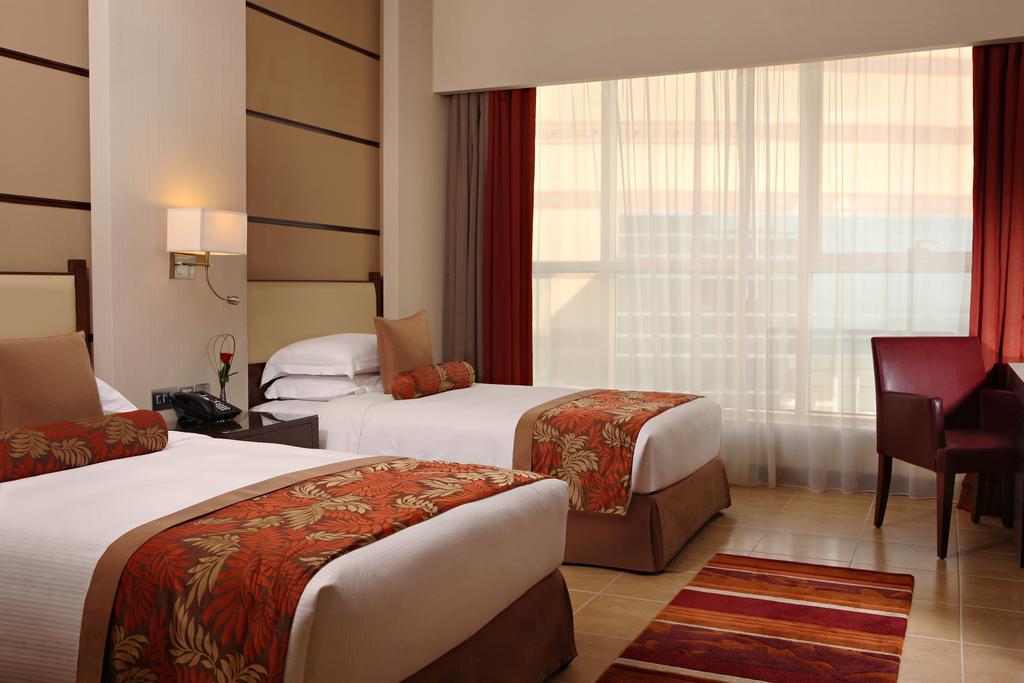 Тури в готель Khalidiya Palace By Rotana