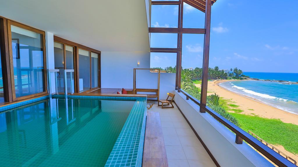 Отзывы об отеле Pandanus Beach Resort