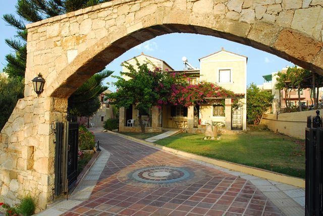 Гарячі тури в готель Porto Village Іракліон Греція