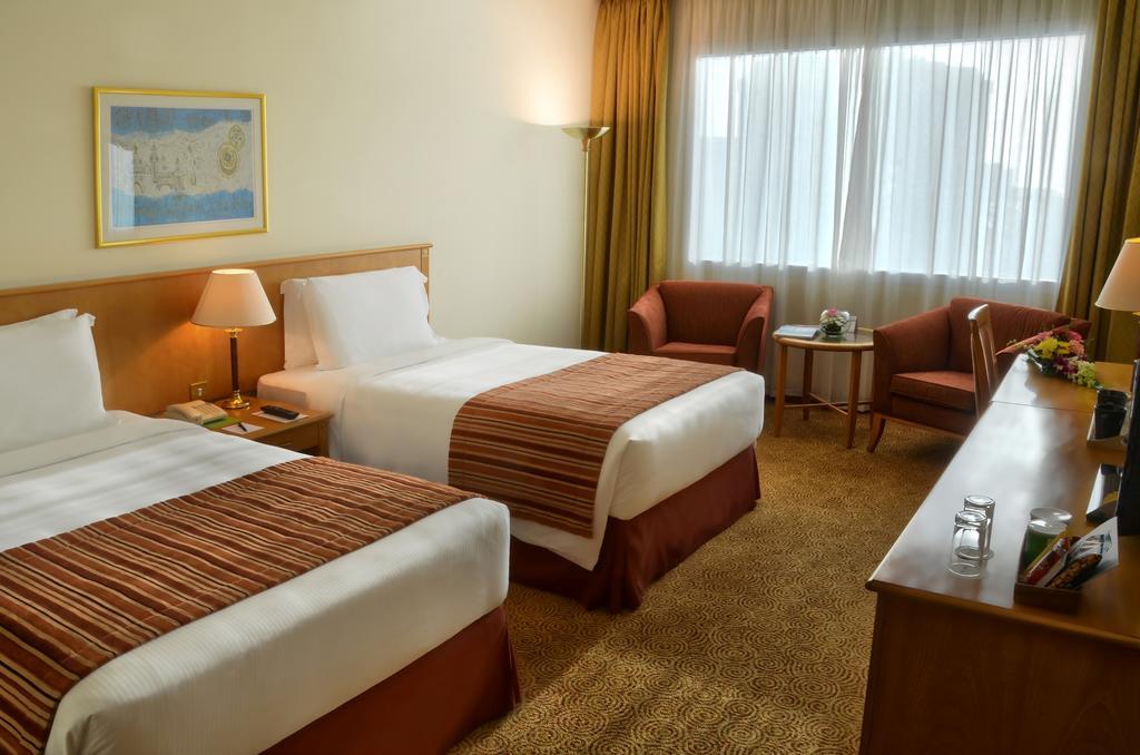 Горящие туры в отель Swiss Belhotel Sharjah (Ex. Sharjah Rotana) Шарджа ОАЭ