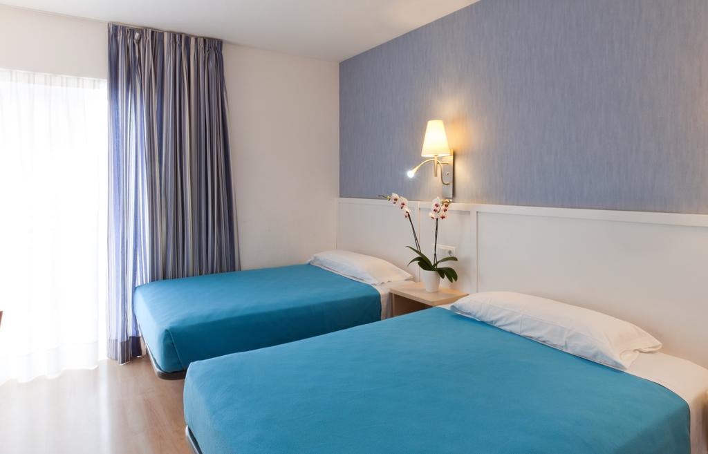 Отдых в отеле Guitart Gold Central Park Resort & Spa Коста-Брава Испания