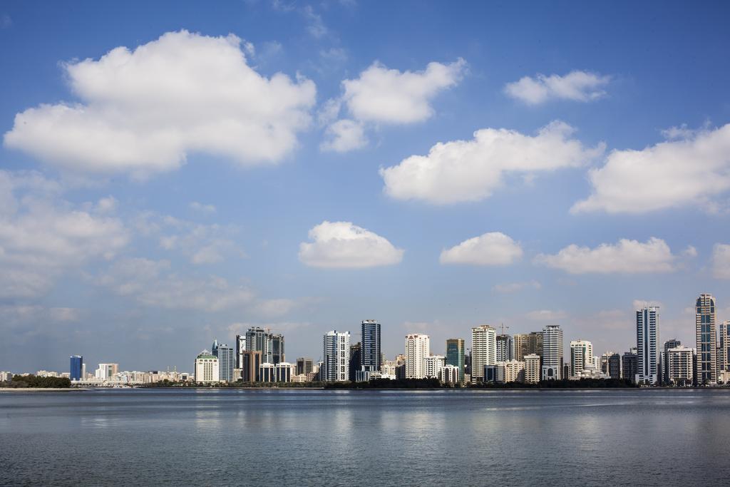 Hilton Sharjah Hotel, Шарджа, ОАЕ, фотографії турів