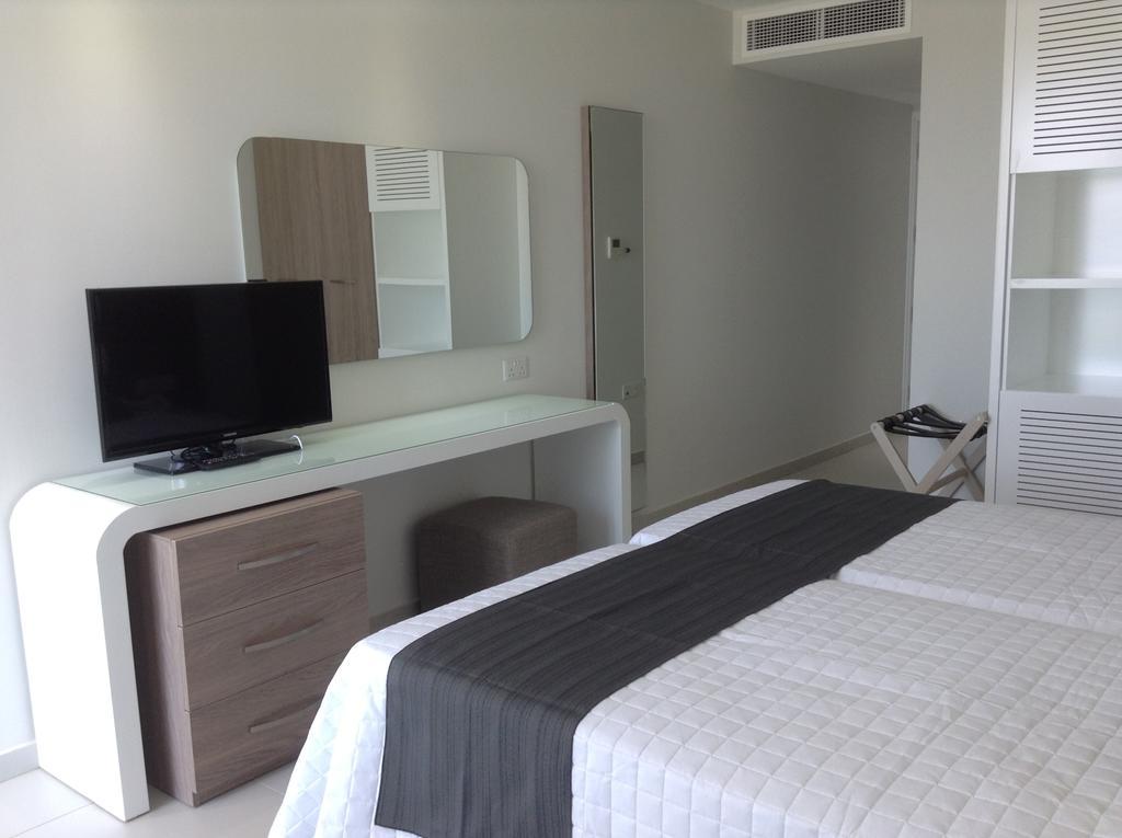 Отдых в отеле Tasia Maris Sands Айя-Напа Кипр