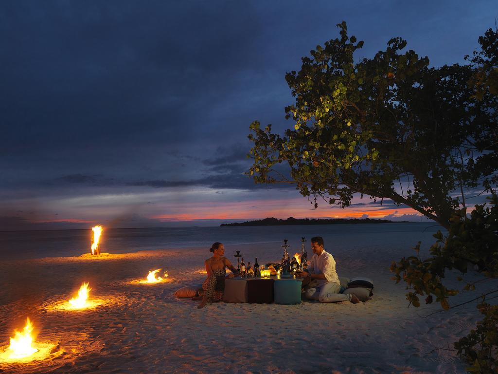 Cocoon Maldives фото та відгуки