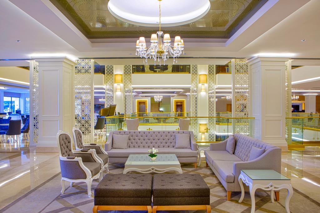 Тури в готель Queen's Park Tekirova Resort & Spa