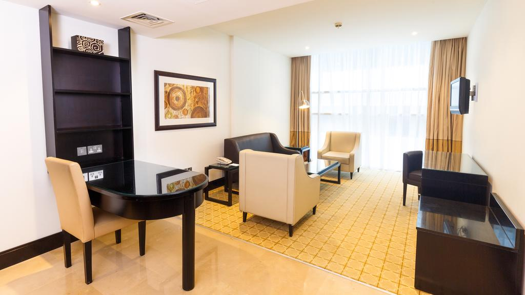 Holiday Inn Al Barsha, Дубай (город) цены