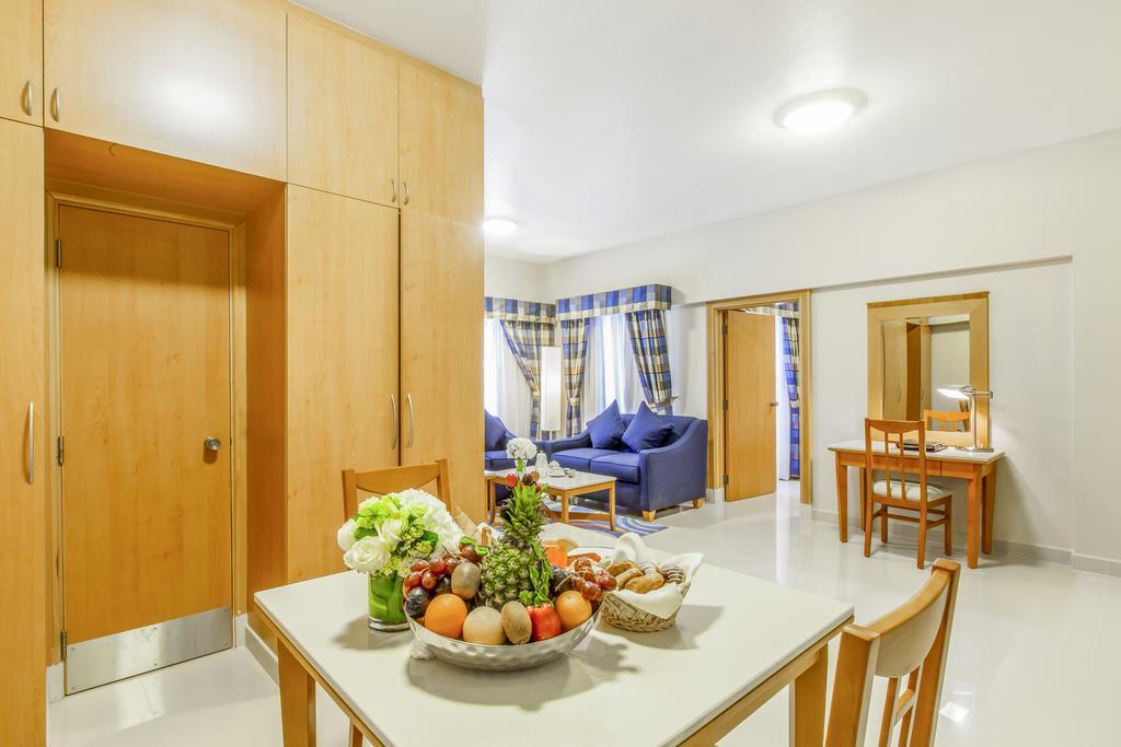 Цены в отеле Golden Sands Hotel Apartments