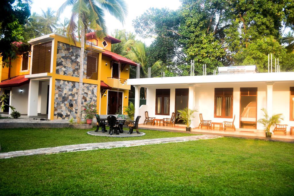 Villa De White Sambur, Хиккадува, фотографии туров