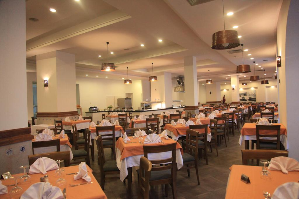 Туры в отель Menara Hotel Хаммамет Тунис