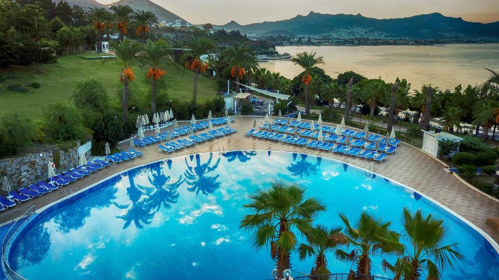 Yasmin Bodrum Resort (ex. Yasmin Bodrum Deluxe) фото та відгуки