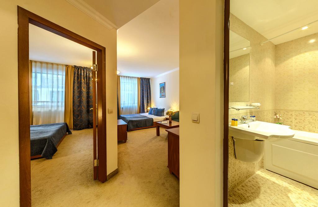 Отзывы гостей отеля Spa Hotel Emerald