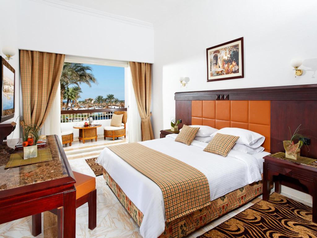 Фото готелю Beach Albatros Resort