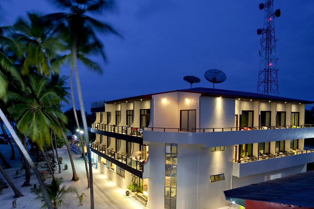 Туры в отель Kaani Beach Hotel Каафу Атолл