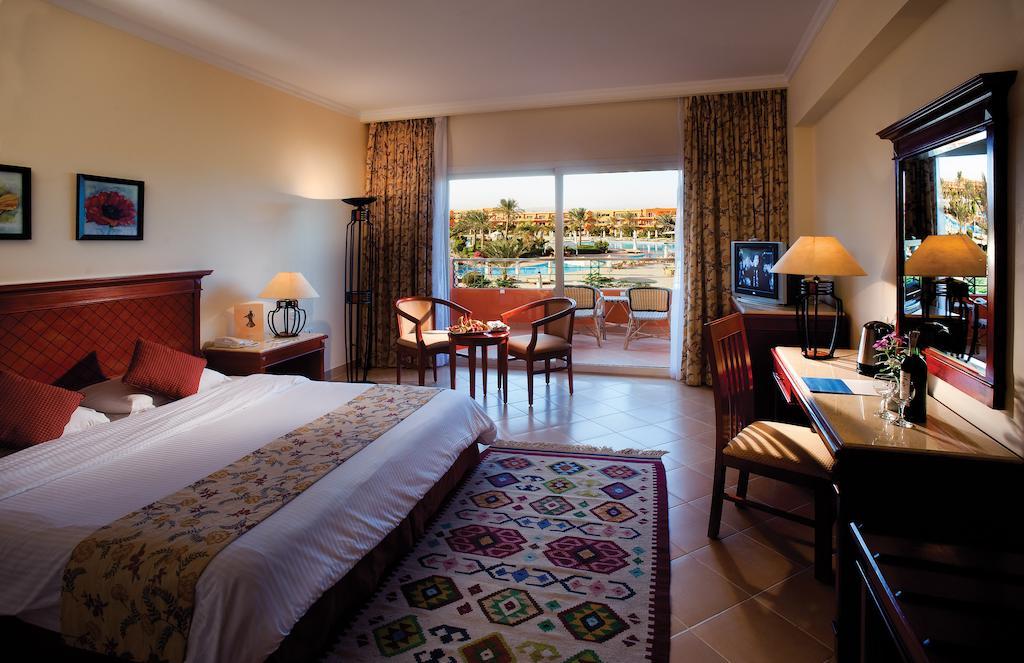 Туры в отель Amwaj Oyoun Resort & Spa (ex. Millennium Oyoun) Шарм-эль-Шейх Египет