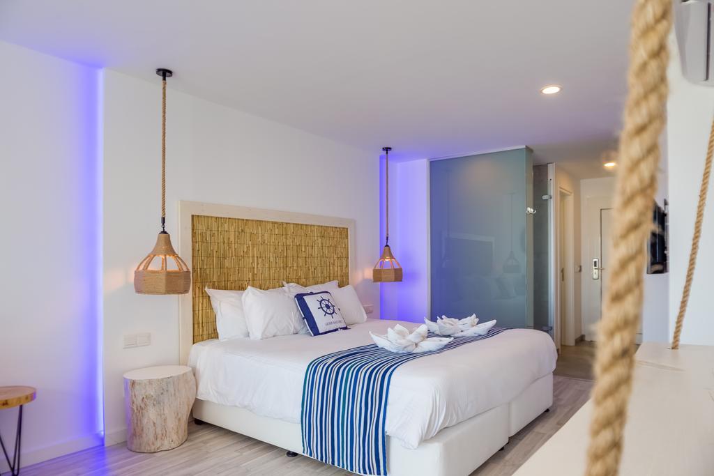 Blue Harbour Boutique Apartments, Кипр, Айя-Напа, туры, фото и отзывы