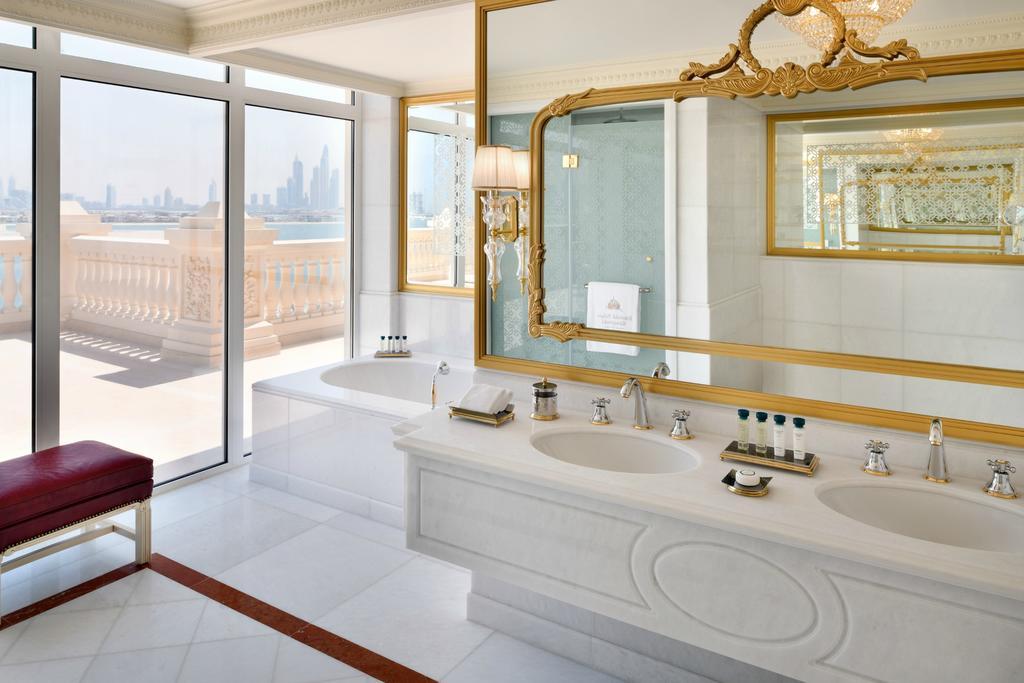 Відпочинок в готелі Emerald Palace Kempinski Dubai Дубай Пальма